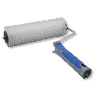 Hand-Stachelwalze - zum Entlüften von Bodenbelägen - Breite: 230mm- Stachellänge: 14mm (ø = 1,5mm)- Durchmesser der Walze: 75mm - Mit Kunststoffgriff (geeignet für Stielaufnahme)